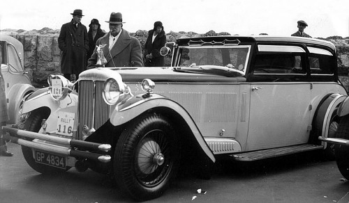 1932 Daimler double six 30