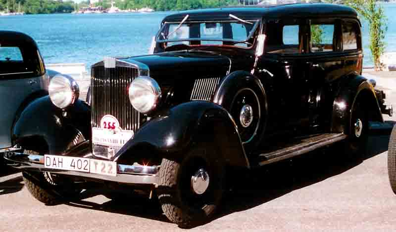 1932 Hupmobile 4-door sedan