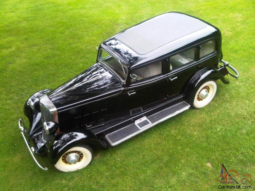 1933 Hupmobile KK321 4 door sedan