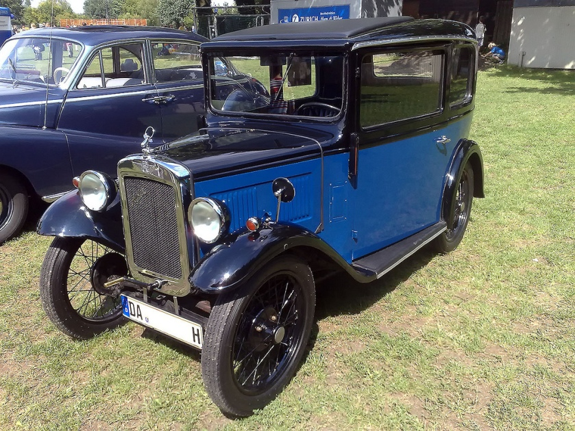 1934 Willys Overland Crossley Sedan