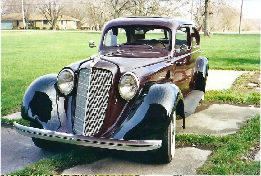 1935 Hupmobile.