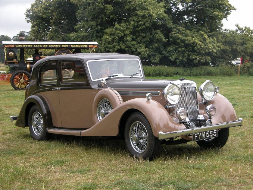 1939 Daimler 4 litre Light-Straight-Eight saloon