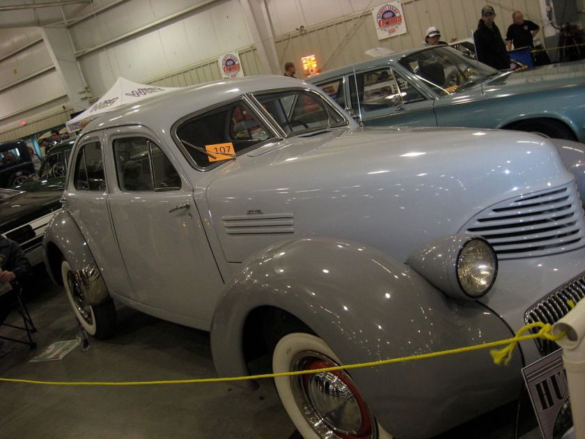 1941 Hupp Skylark based on the iconic Cord 810