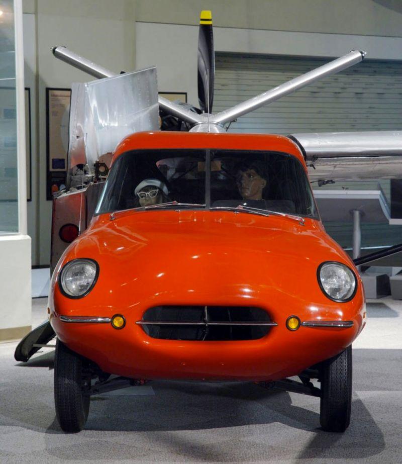 1949 Taylor Aerocar a