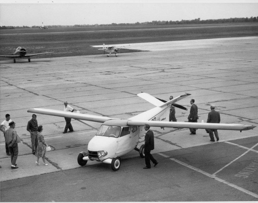 1949 taylor Aerocar sunthrow