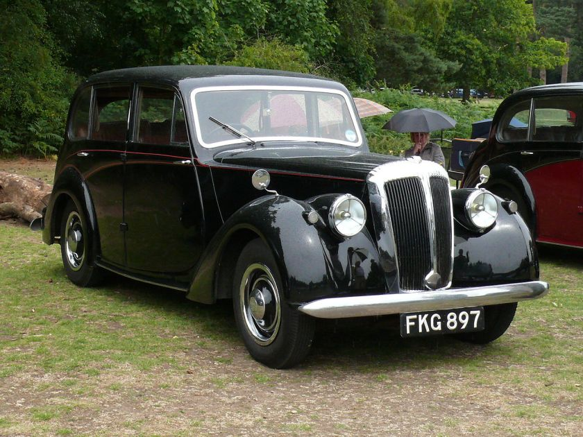 1951 Daimler Consort saloon 6-light [FKG 897]
