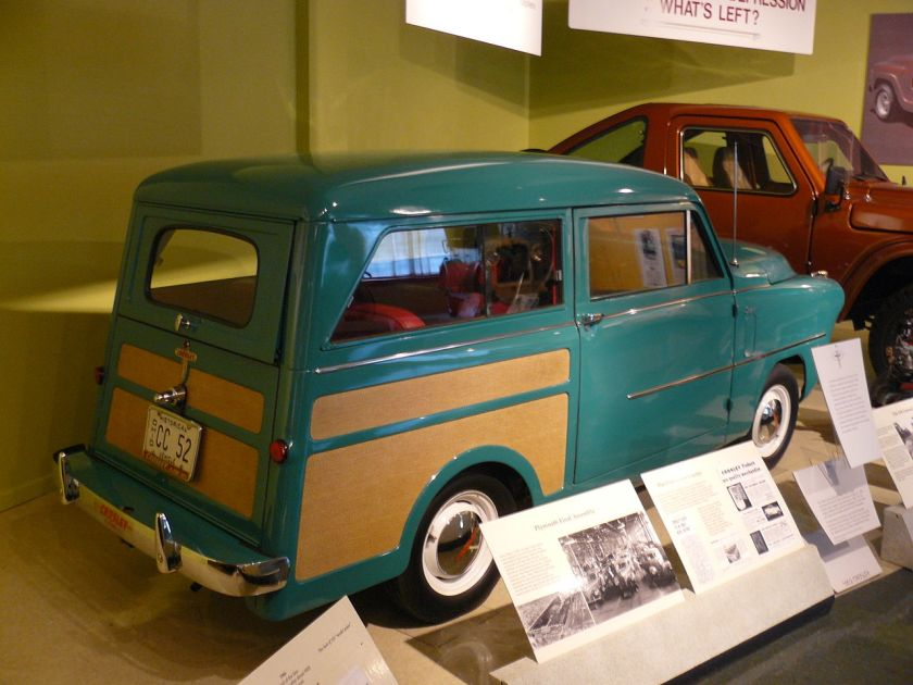 1952 Crosley Super Station Wagon.