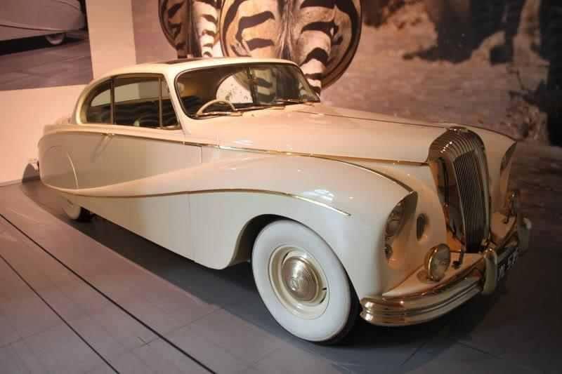 1955 Daimler DK 400