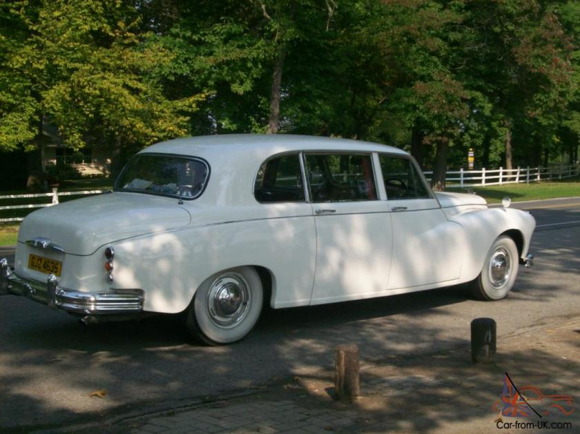 1961 Daimler of England DR450 (Majestic Major) Limousine