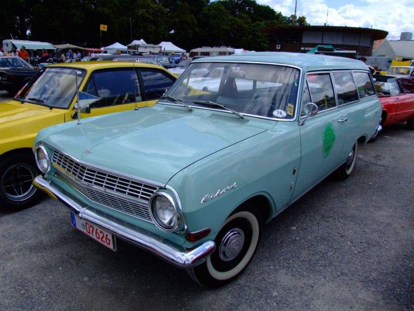 1963–65 Opel Rekord A Caravan 2