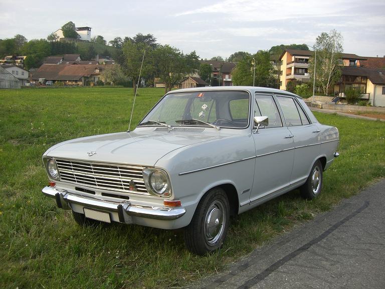 1965-73 Opel Kadett 1700 4d B4 Front