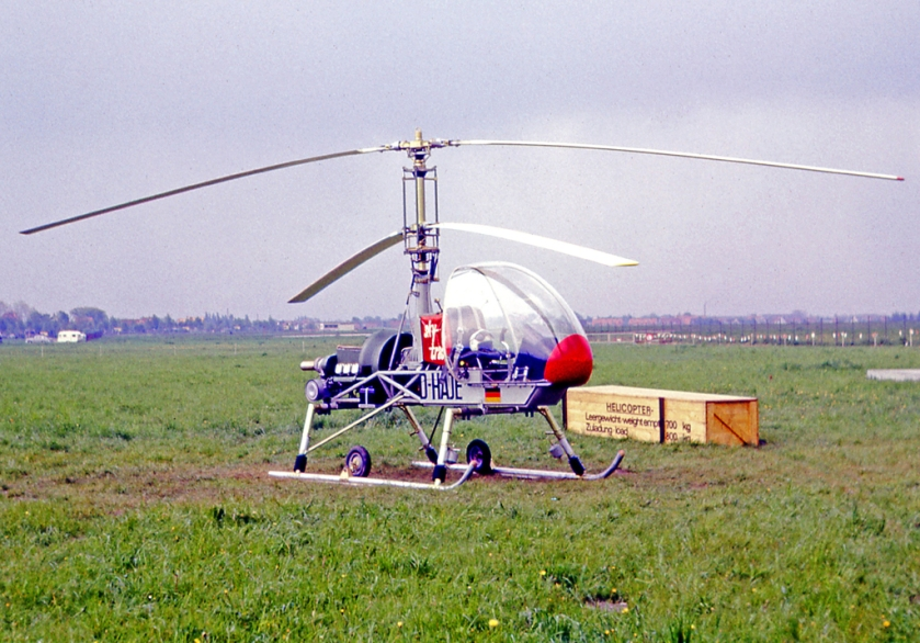 1966 The prototype single-seat Wagner Skytrac 1 at the 1966 Hannover Air Show