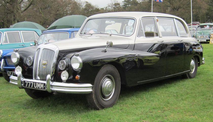 1967 Daimler limousine DR450 4561cc