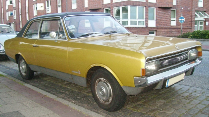 1967 Opel Commodore 2500 6 Sedan