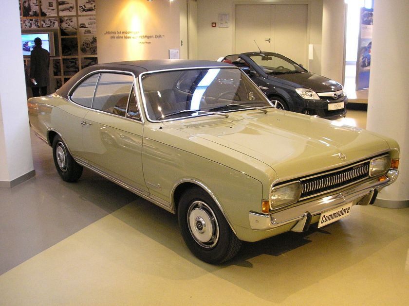 1967 Opel Commodore 3