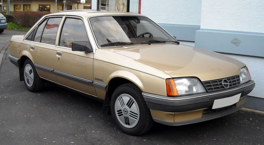 1977–86 Opel Rekord E2 Berlina