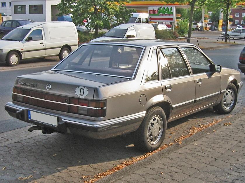 1982-86 Opel senator A2 rear