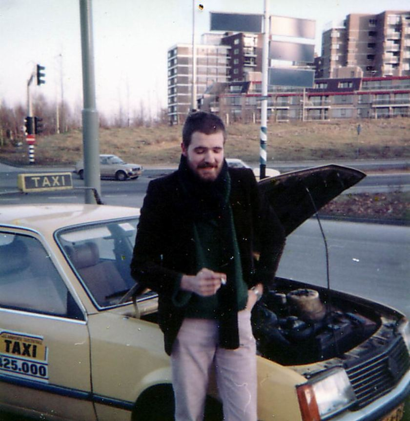 1982 Opel Rekord Diesel + Hot met taxipech over de Waalbrug in Nijmegen