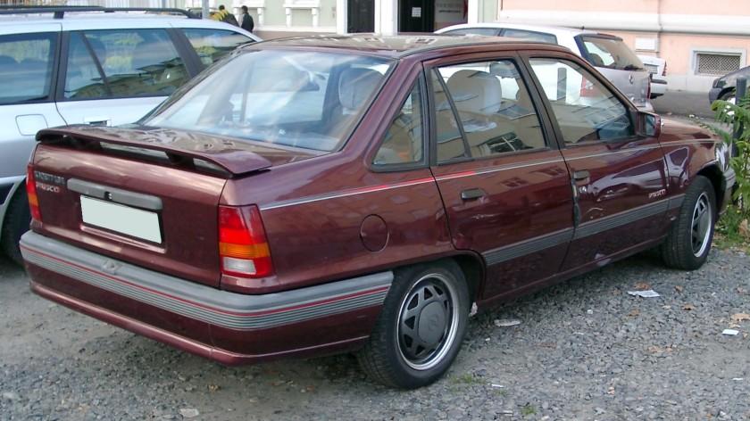 1989-91 Opel Kadett E sedan