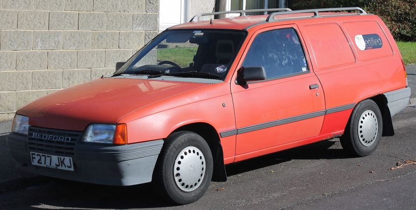 1989 Bedford Astra Van