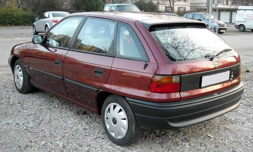 1991–02 Opel Astra F rear