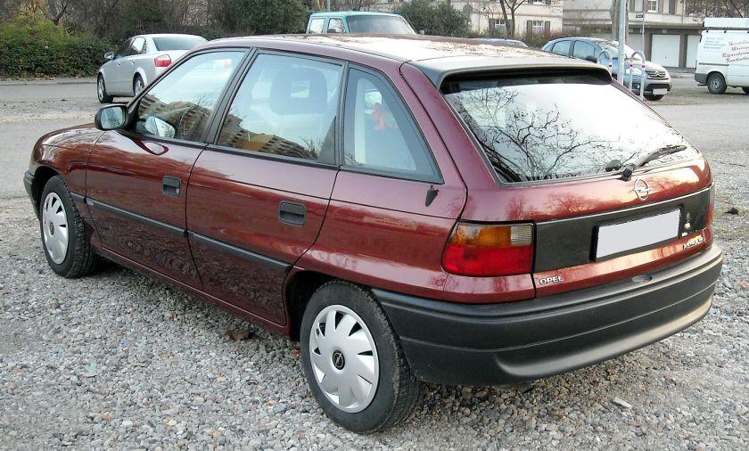1991–present Opel Astra F rear