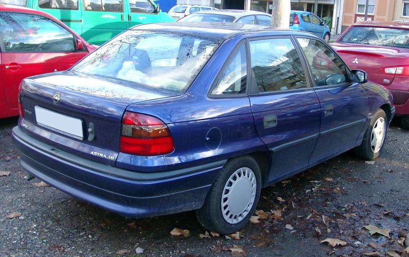1993-98 Opel Astra F rear