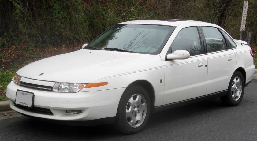 2000-02 Saturn L-Series sedan