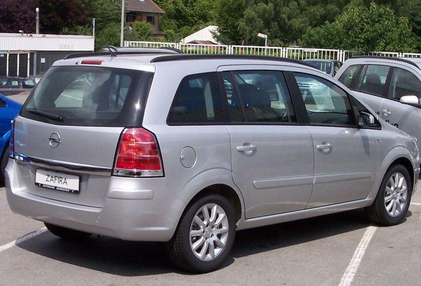 2005–11 Opel Zafira B rear