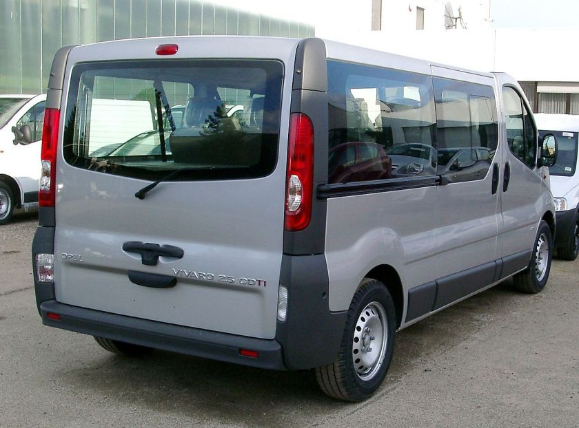 2006-14 Opel Vivaro rear