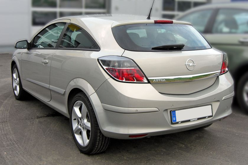 2007-10 Opel Astra H GTC Facelift rear a
