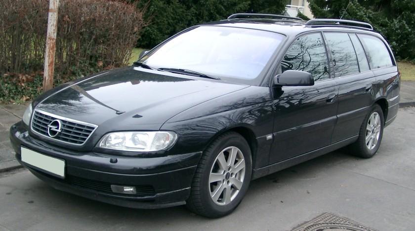 2008 Opel Omega Kombi front