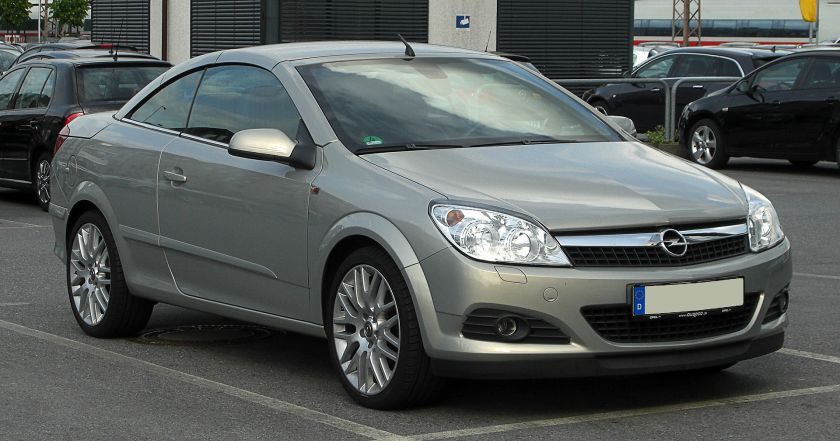 2011 Opel Astra TwinTop