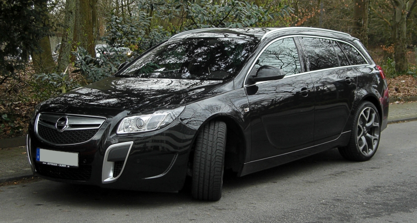 2011 Opel Insignia OPC Sports Tourer