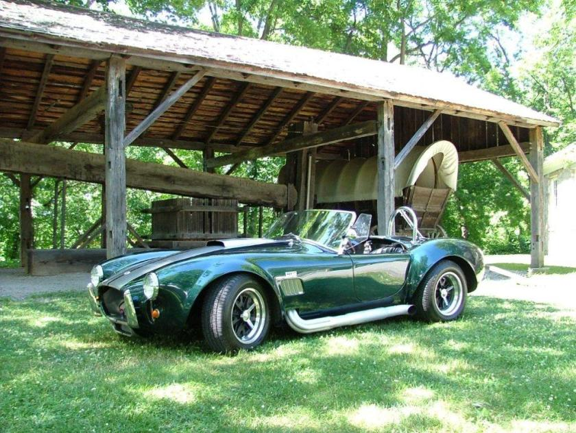 ac-cobra-replica-351-cu-in-01