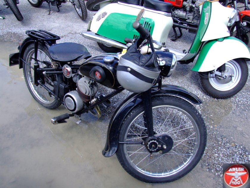 Adler M 100