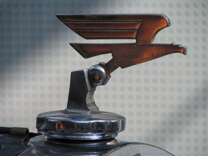 Adler Standard 6 hood ornament