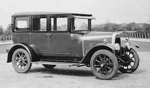 Crossley 14 saloon