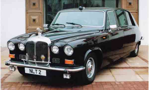 Daimler-car-of-Queen-Mother