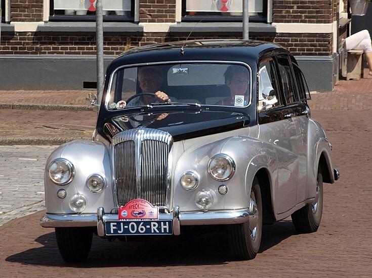 Daimler Conquest-Century