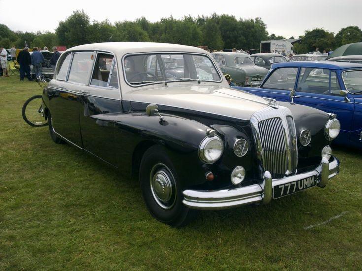 Daimler Limo