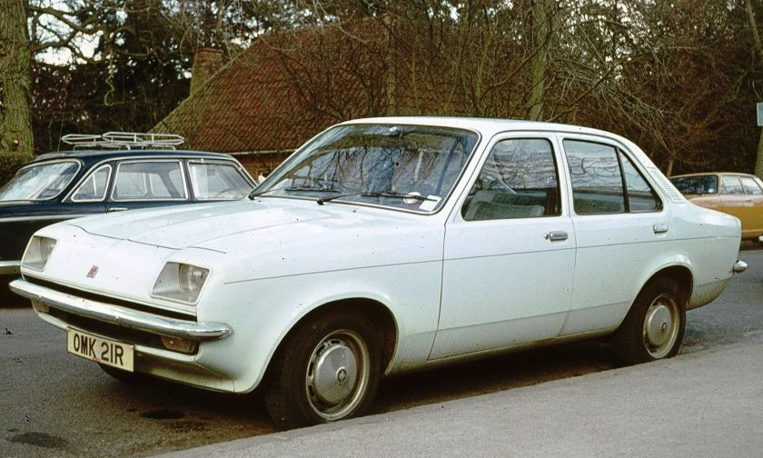 Vauxhall Chevette 4-door saloon (pre-facelift, without headlamp covers).