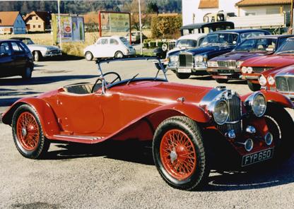 1939 AUTOVIA 3 LITER V8 125 HP ROADSTER ALUKAROSSERIE, ROT, UNIKAT