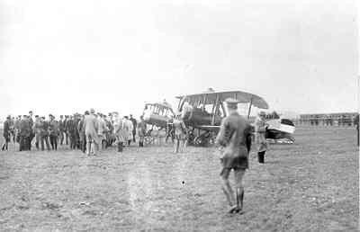 Spyker Trompenburg (Spijker) V.2 op Waalhaven. two