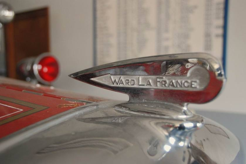1908 Ward LaFrance Chrome Radiator dop
