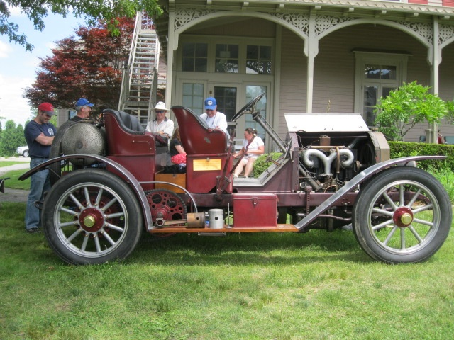 1917 American LaFrance Speedster Fire Truck at Portsmouth AbbeyLafrance Speedster