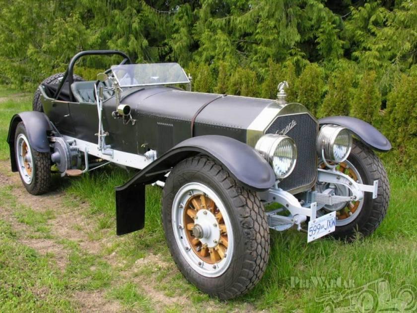 1917 American LaFrance Tourer