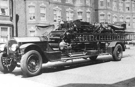 1926 American LaFrance Type 14 'City Service' Combination ladder truck