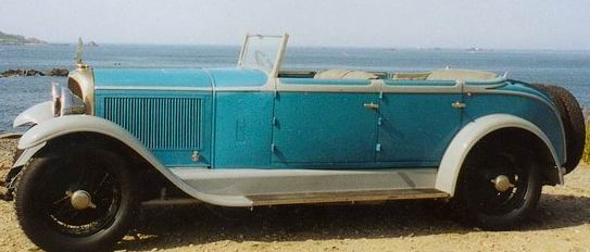 1926 This huge and imposingly elegant Avion Voisin C12 convertible was bodied by Duvivier.