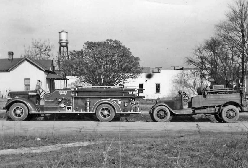 1927 American LaFrance pumper, Cary's 1922-23 Ford-American LaFrance chemical car